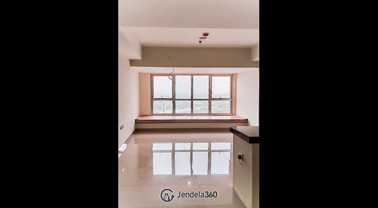 Living Room Apartemen Irvine Suites Apartment