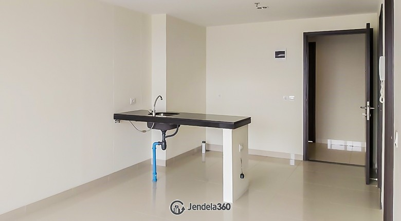 Living Room Irvine Suites Apartment