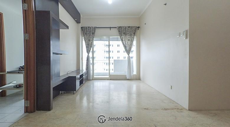 Living Room Apartemen Poins Square Apartment