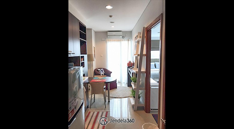 Living Room Apartemen Woodland Park Residence Kalibata