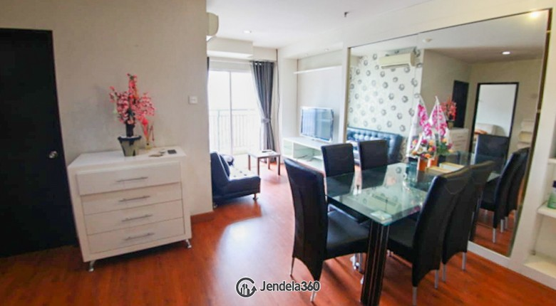 Living Room Cosmo Mansion - Thamrin City Apartment