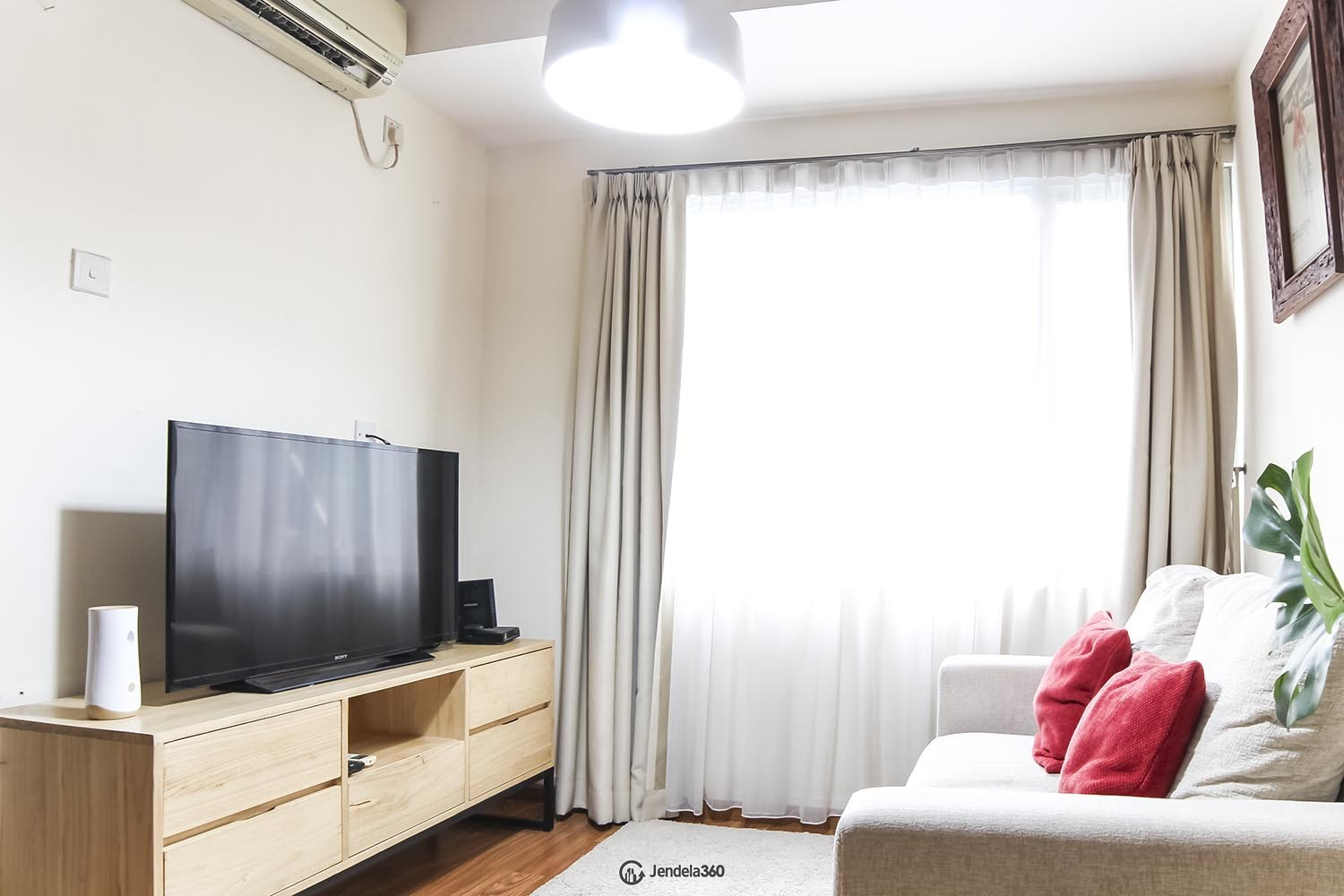 Living Room Apartemen The 18Th Residence Taman Rasuna