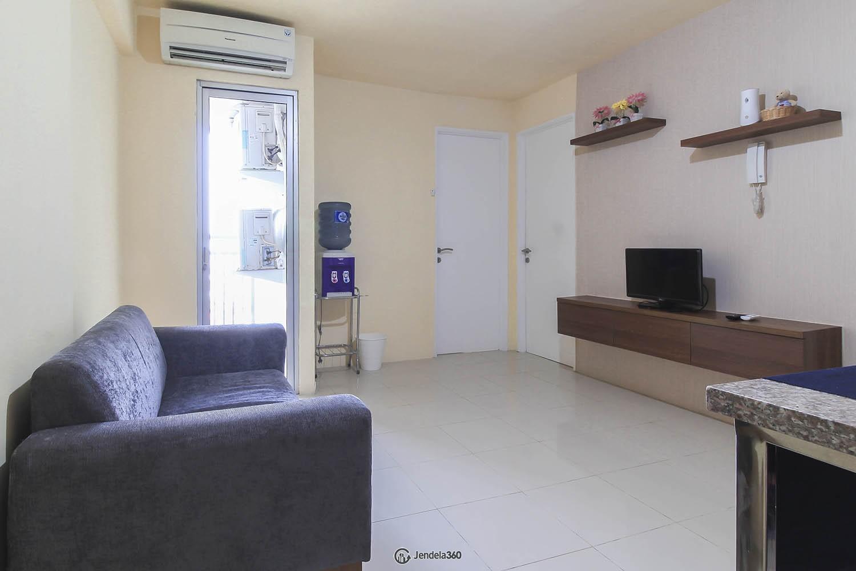 Living Room Bassura City Apartment