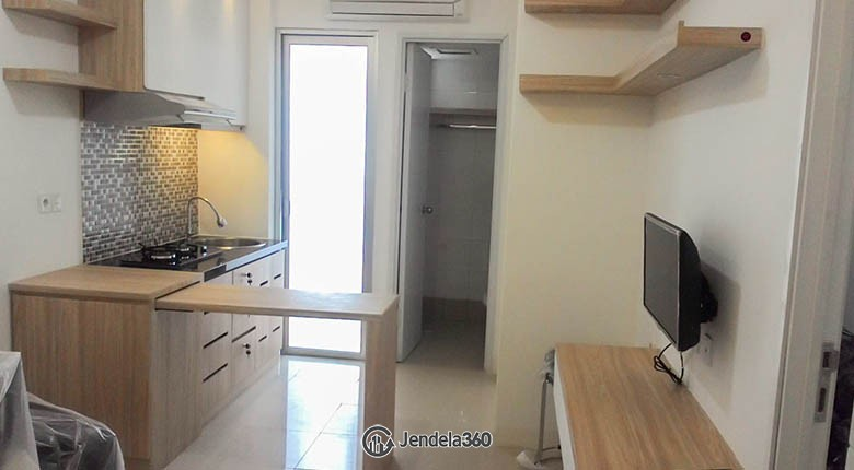 livingroom Apartemen Bassura City Apartment