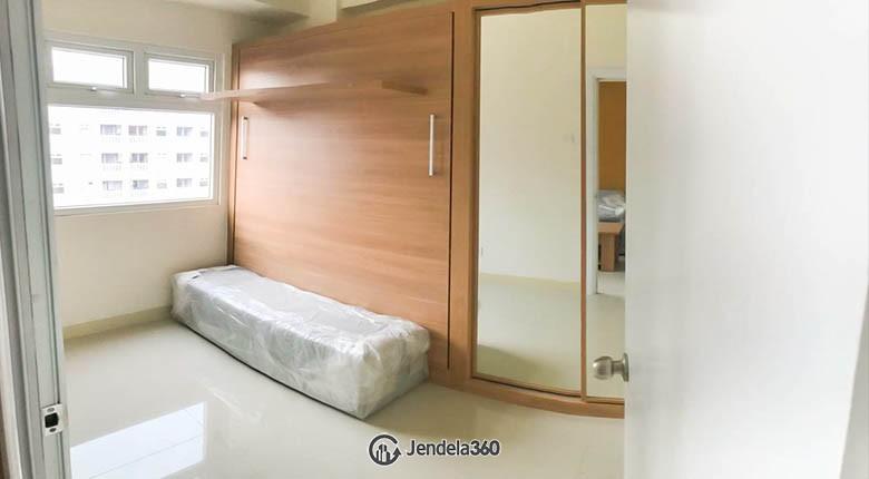 livingroom Green Pramuka City Apartment Apartment