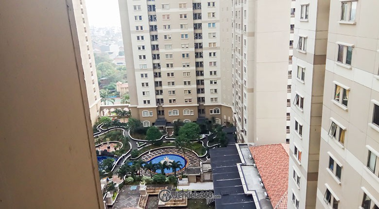 View Apartemen Mediterania Garden Residence 1