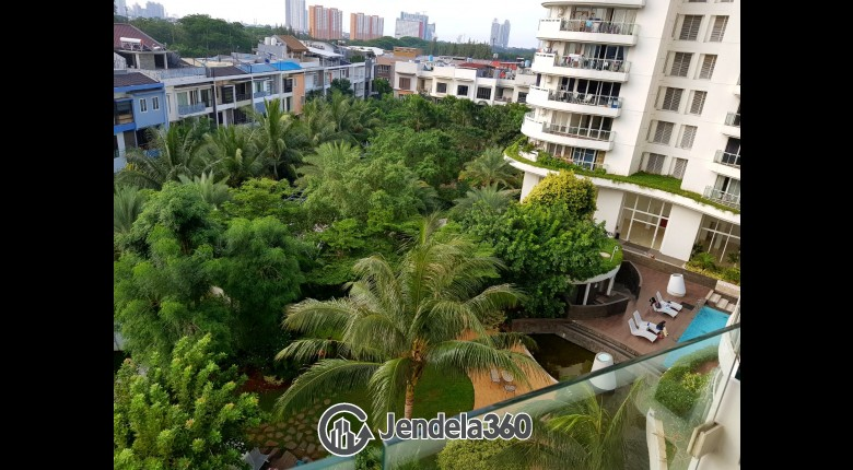 View Apartemen Royale SpringHill Residence
