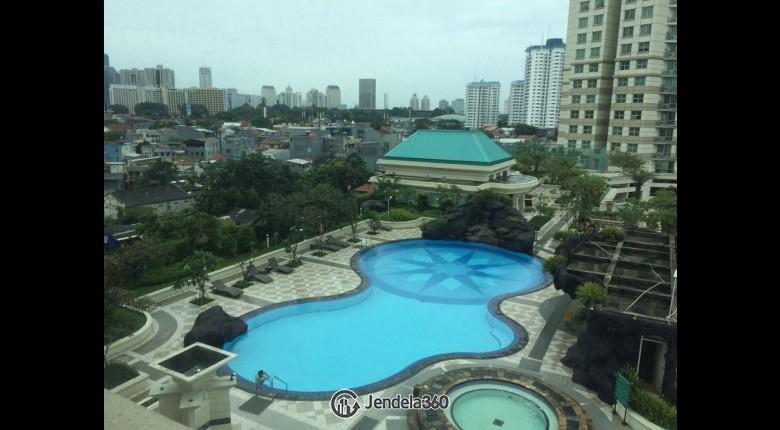 View Batavia Apartment