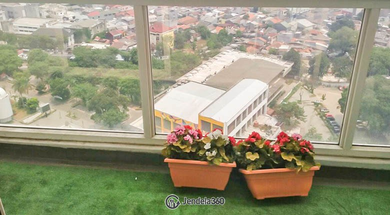 view Apartemen Menteng Park