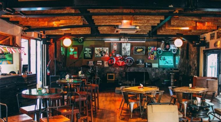 7 Bar Di Jakarta Yang Sedang Hype Anak Gaul Pasti Suka