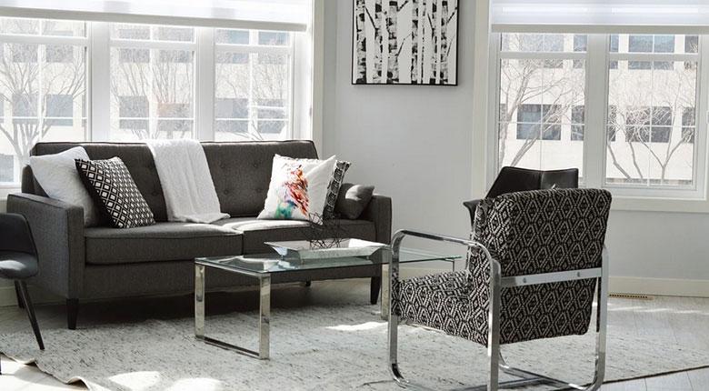 interior apartemen minimalis monokrom